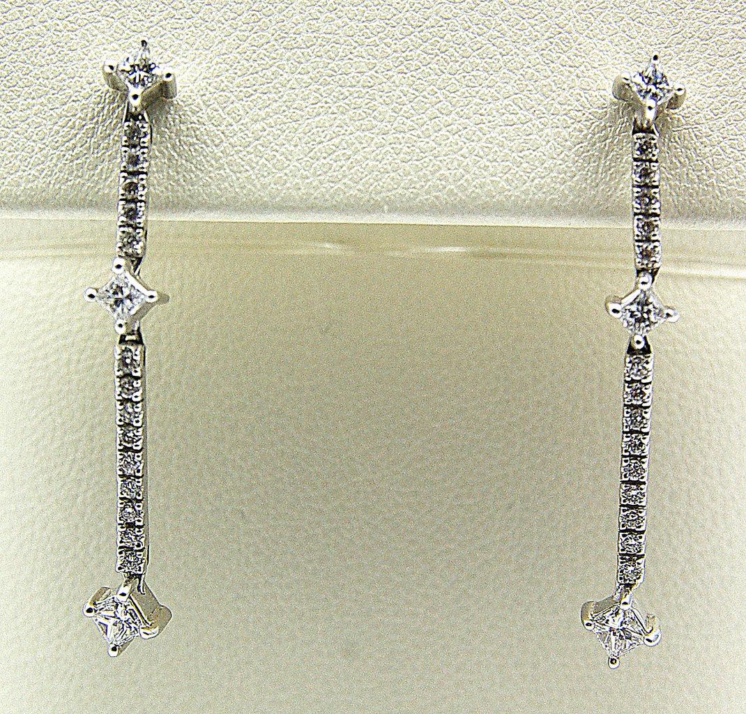 orecchini pendenti oro bianco e diamanti